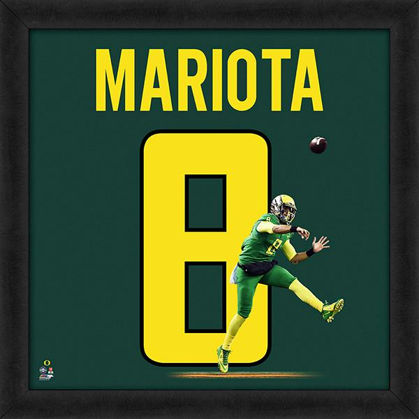 "Marcus Mariota ""Number 8"" Oregon Ducks NCAA FRAMED 20x20 UNIFRAME PRINT - Photofile"