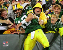 "Aaron Rodgers ""Lambeau Leap"" Green Bay Packers Premium Poster Print - Photofile 16x20"