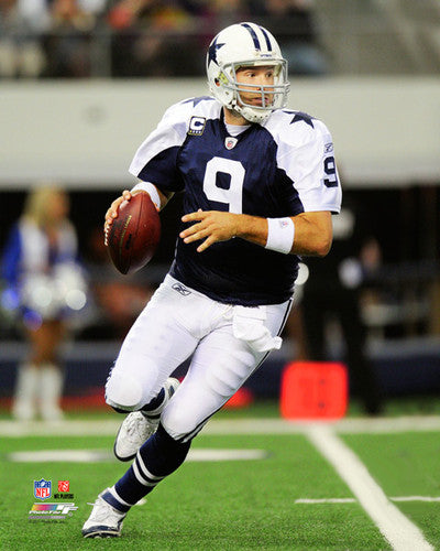 "Tony Romo ""Throwback Rollout"" (2011) Dallas Cowboys Premium Poster - Photofile 16x20"