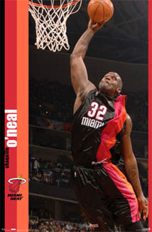 Shaquille O'Neal Miami Heat 2005-06 Alternate Jersey NBA Action POSTER - Costacos Sports