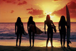 "Surfing Girls ""Surf Babes"" Poster - Pyramid"