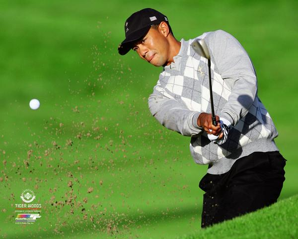 "Tiger Woods ""Bunker Buster"" (2006 Ryder Cup) PGA Golf Premium 20x24 Poster Print - Photofile Inc."