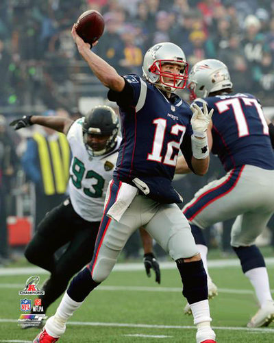 "Tom Brady ""Big Game Strike"" New England Patriots Premium Poster - Photofile 16x20"