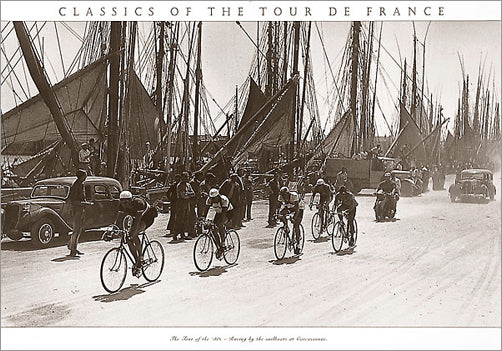 "Vintage Tour de France ""Sailboats at Concarneau"" (1930s) - Press'e Sports"