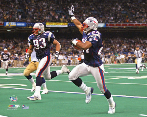 "Ty Law ""Pick Six"" (Super Bowl XXXVI) New England Patriots Premium NFL Poster Print - Photofile Inc."