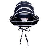 Petit Crabe swim hat Frey in navy and white