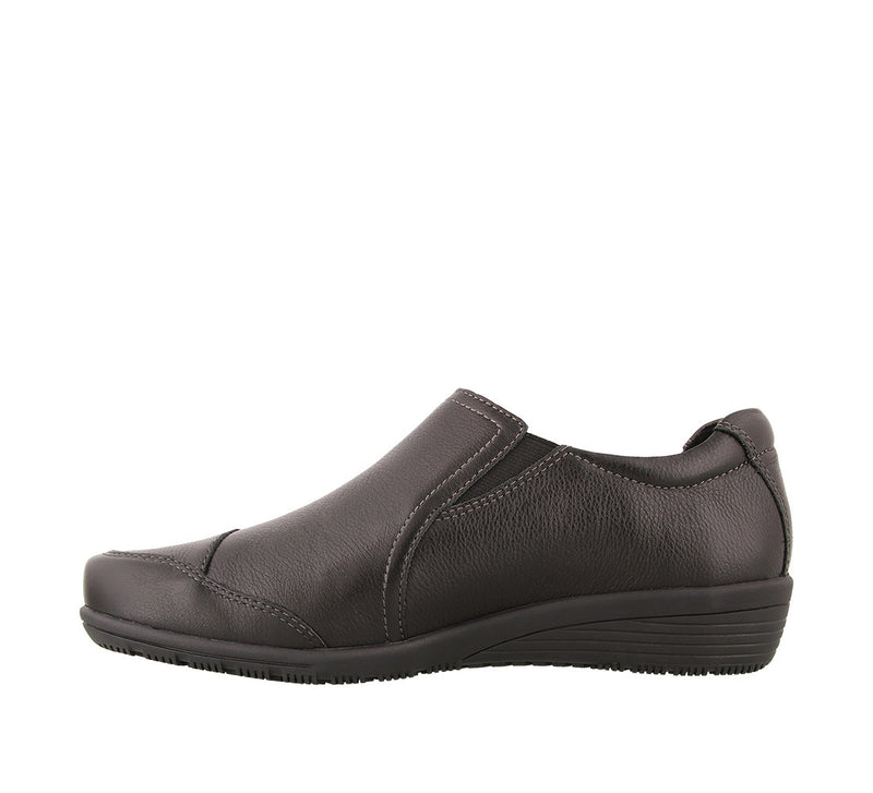 Taos Character Black Leather Supportive Casual Shoes