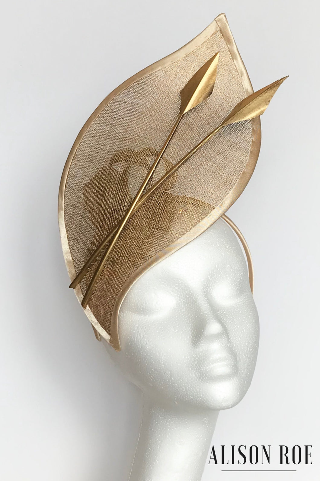 Gold headpiece to hire
