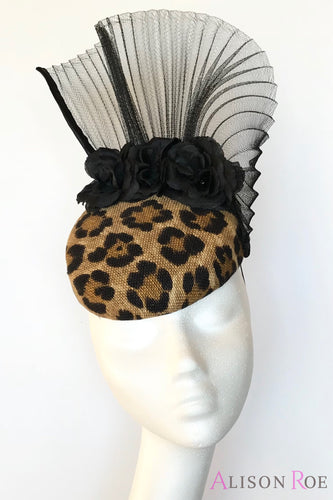 Animal print hat to hire