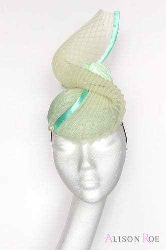 green headpiece to hire