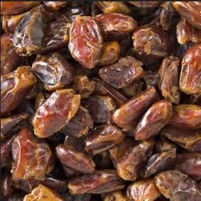 Dried Pitted Dates-Manufacturer-Half Nuts