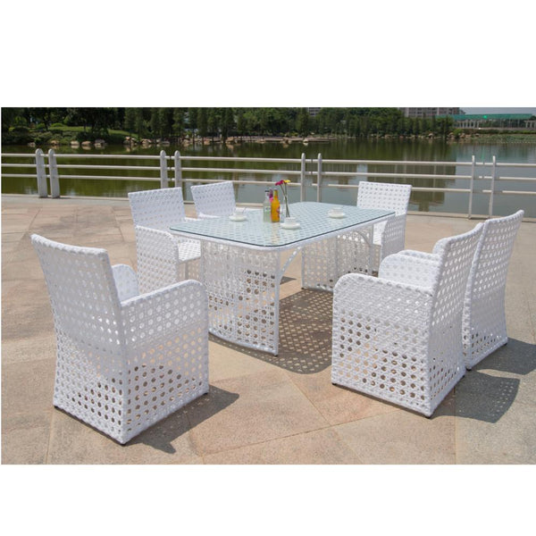 White Bold Outdoor Dining Set