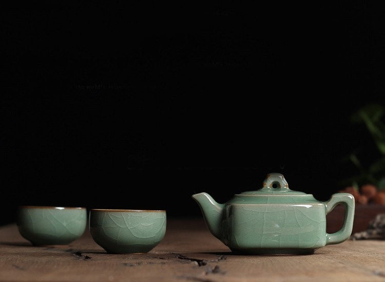 Ge Kiln Plum Green Chinese Porcelain Kung Fu Mini Tea Set