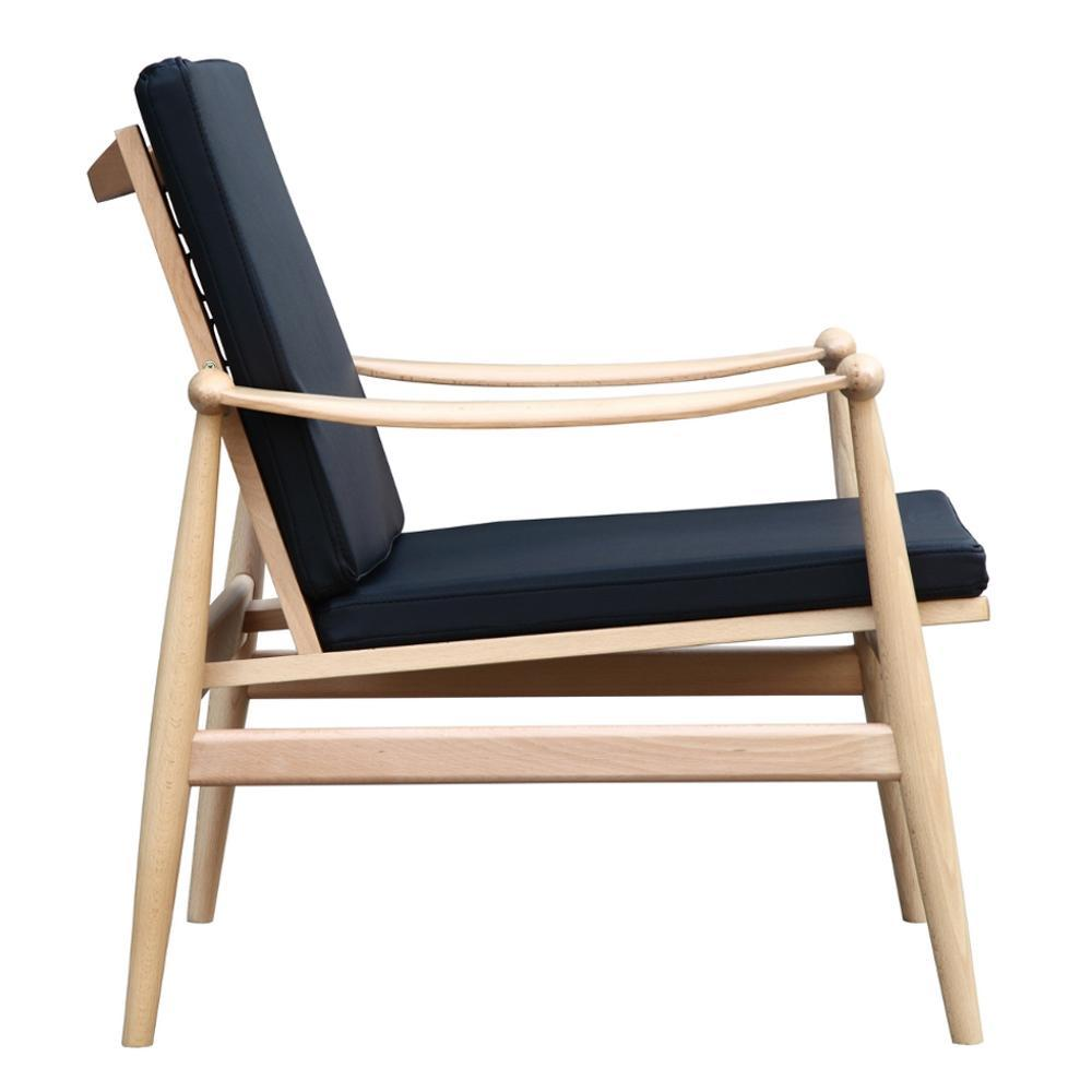 Vogel Lounge Chair