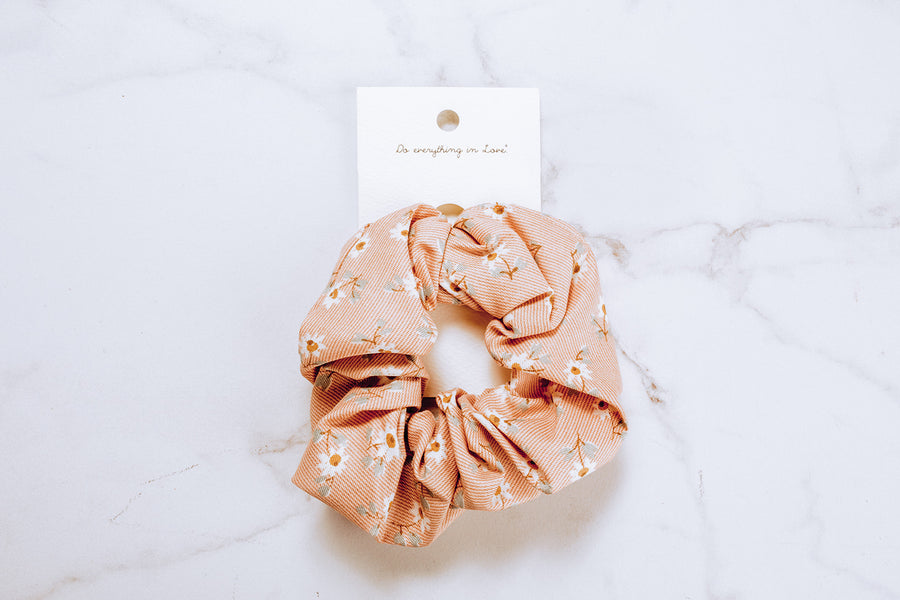 Do Everything In Love Light Pink Scrunchie