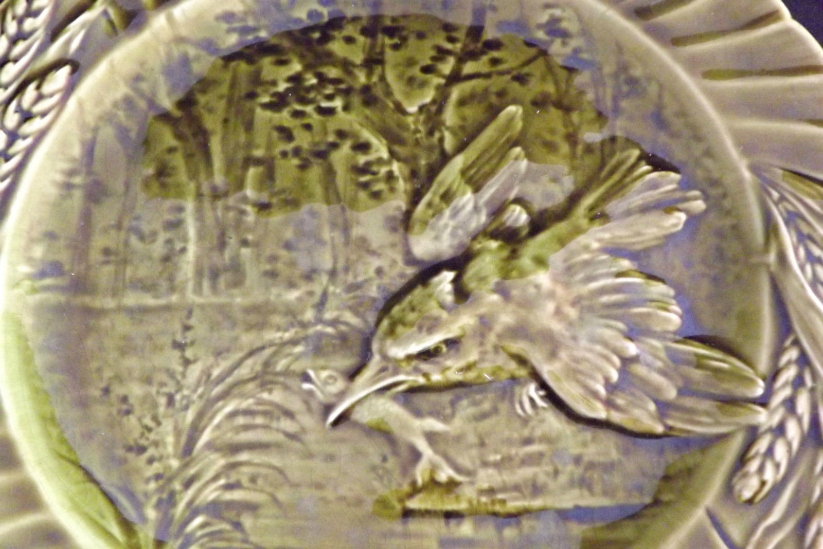 Bird Green Majolica 6 Plates - Charmantiques