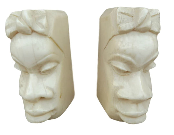 Carved African Women Portrait - Charmantiques