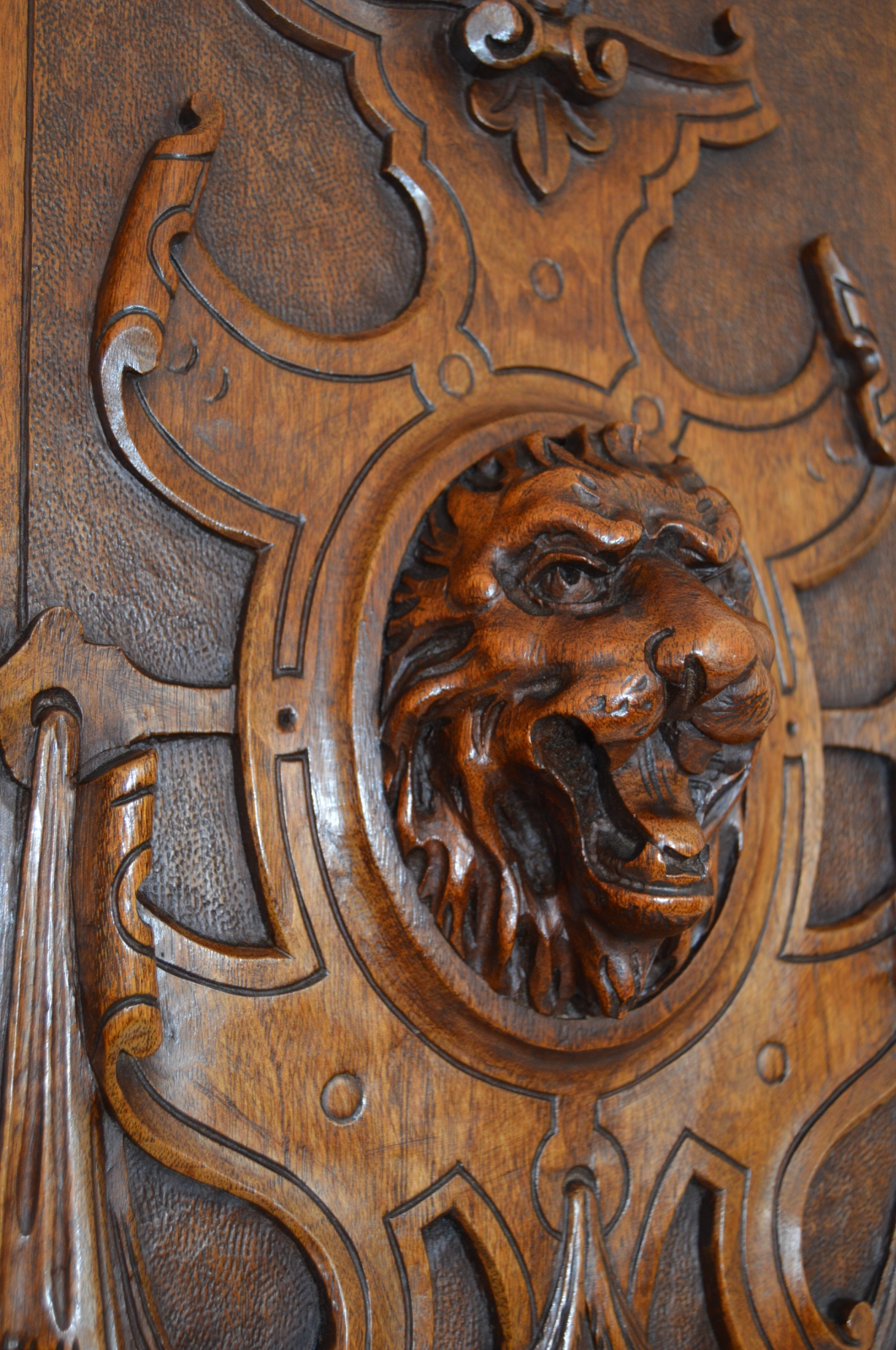 Lion Shield Wooden Door Free Shipping! - Charmantiques