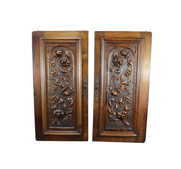 Hand Carved Doors - Charmantiques