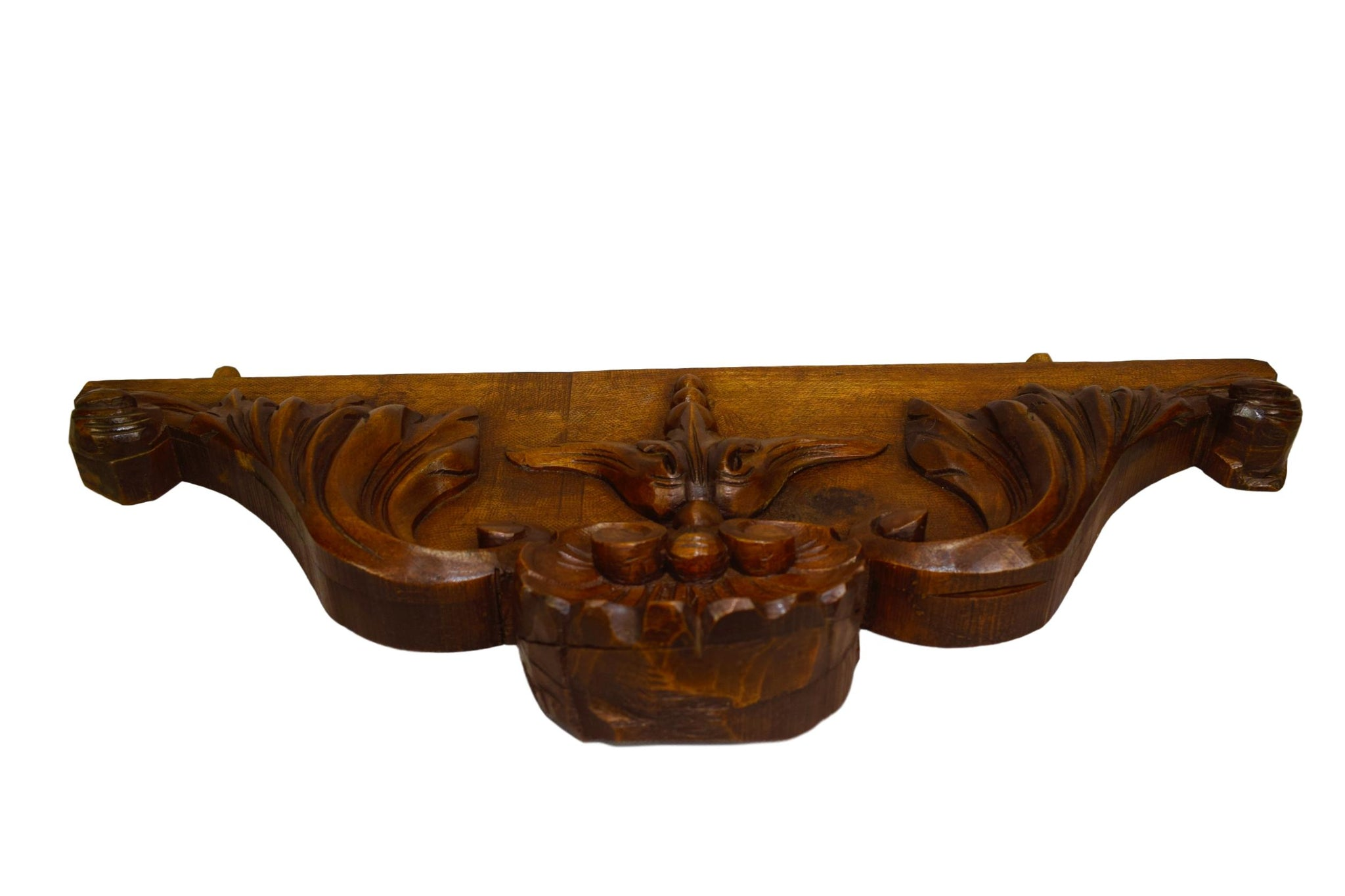 Shell Wood Cornice - Charmantiques