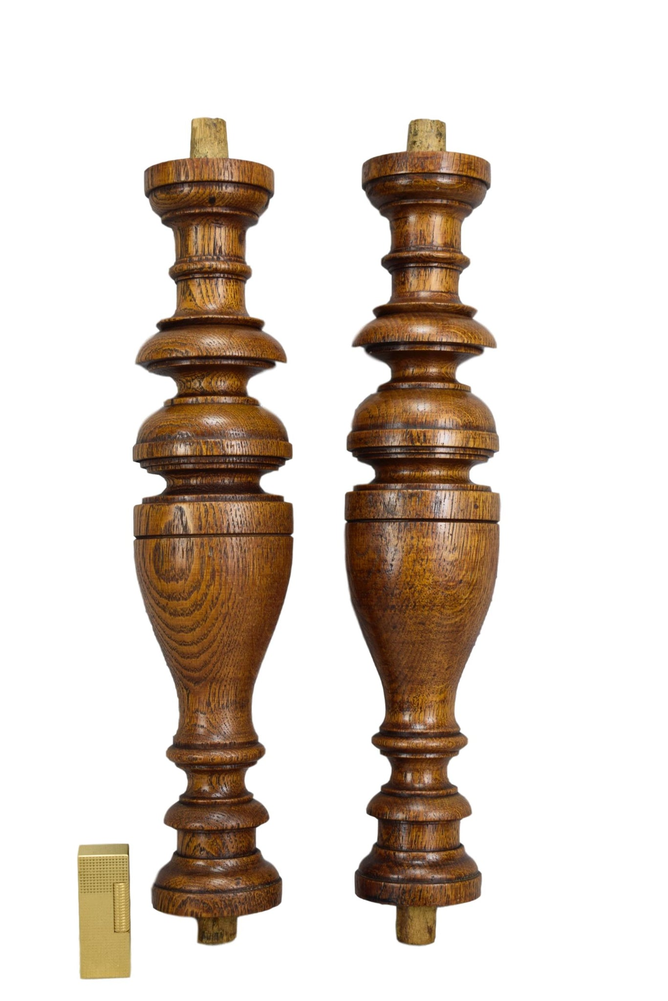 Pair of Small Columns - Charmantiques