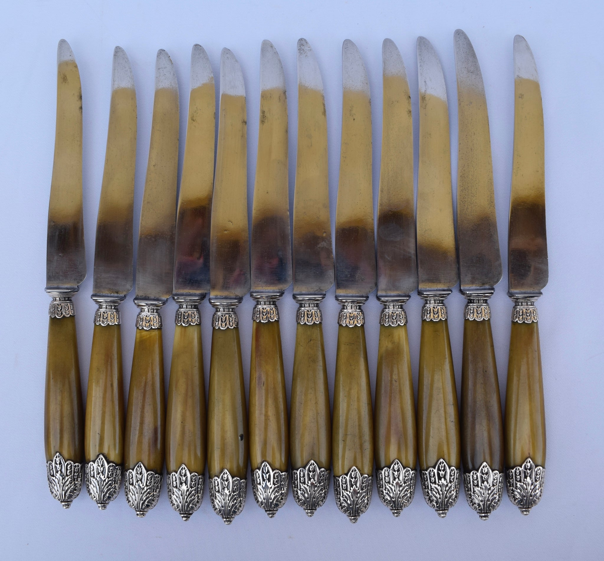 Empire Dinner Knife Set - Charmantiques