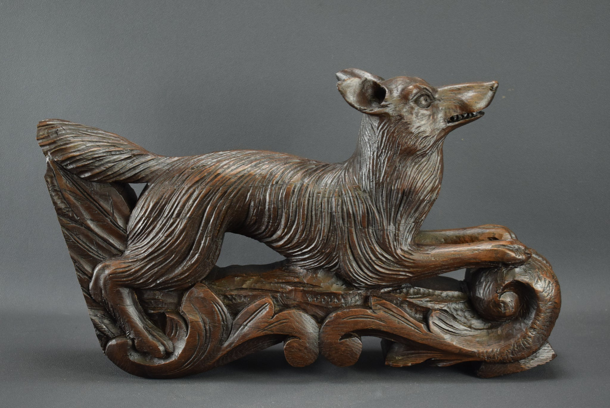 Black Forest Fox - Charmantiques