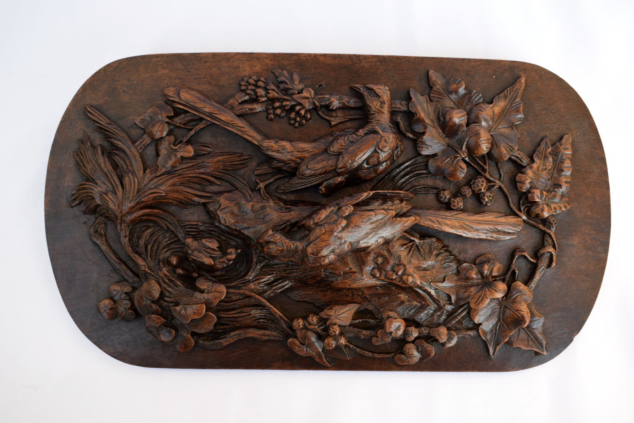 Black Forest Birds Carving - Charmantiques