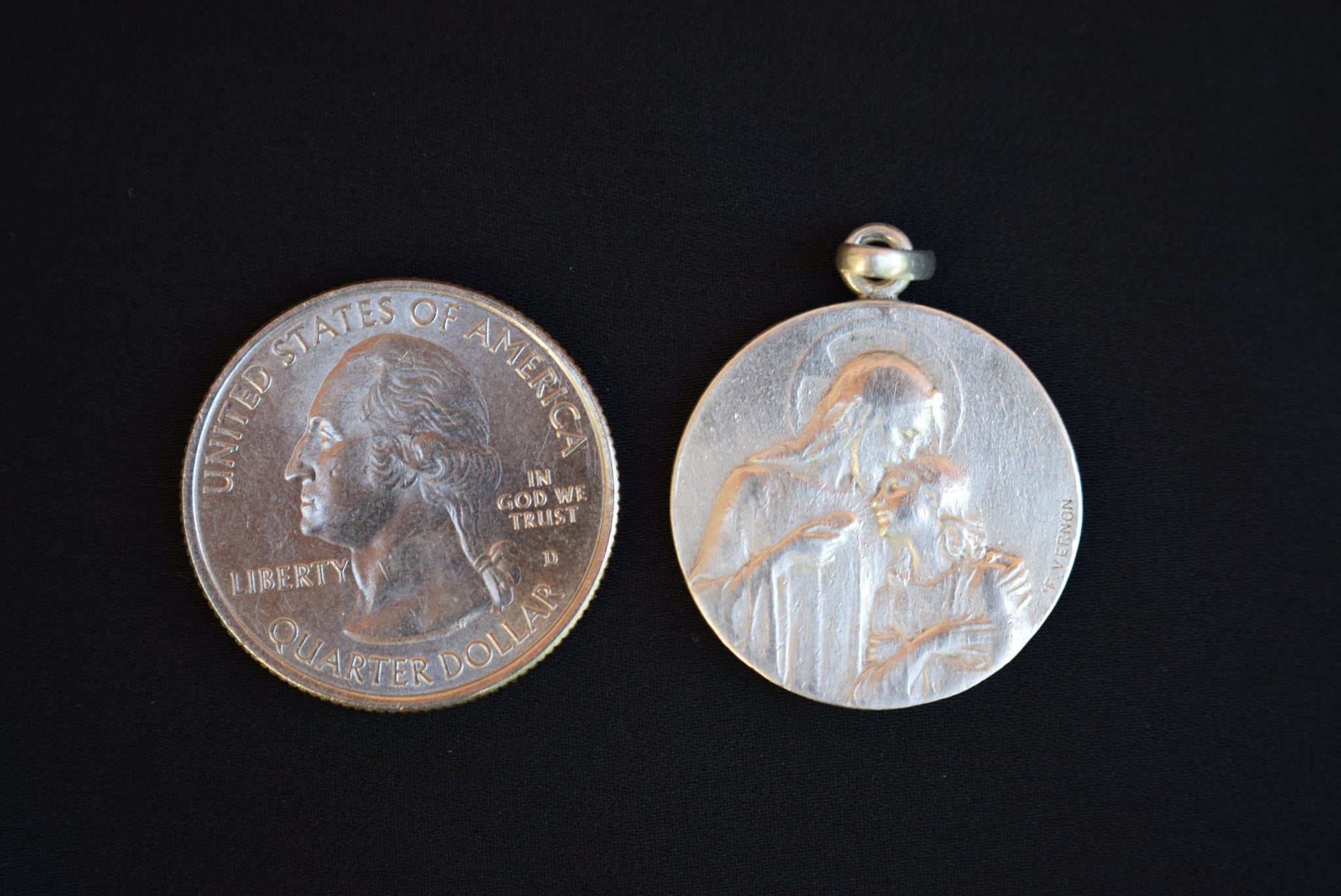 Vernon Silver Medal - Charmantiques
