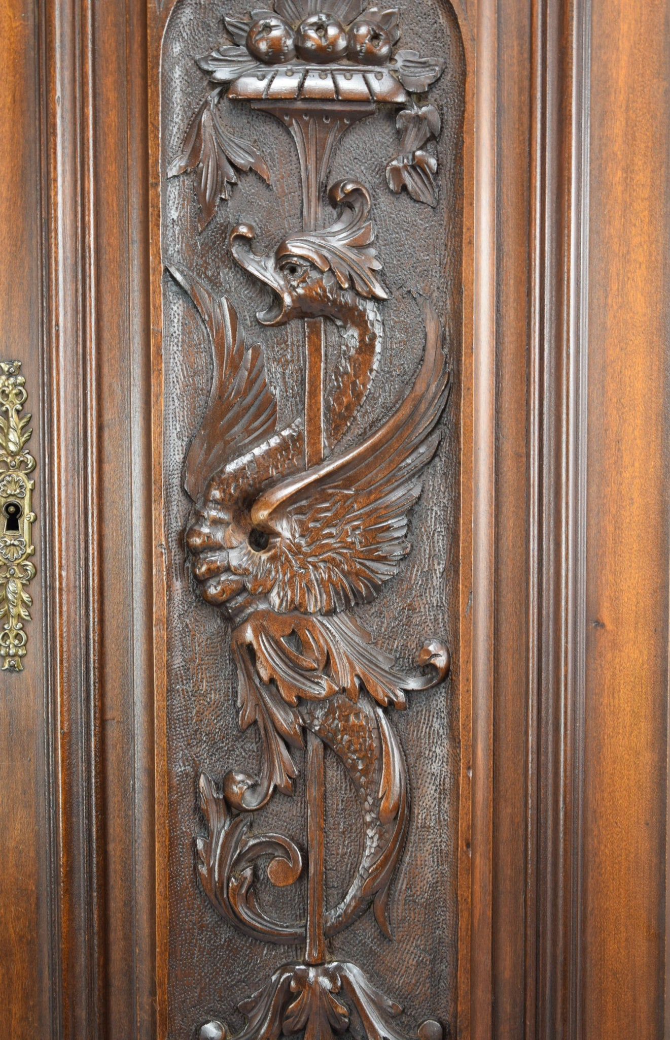 Victorian Griffin Panel 2 - Charmantiques