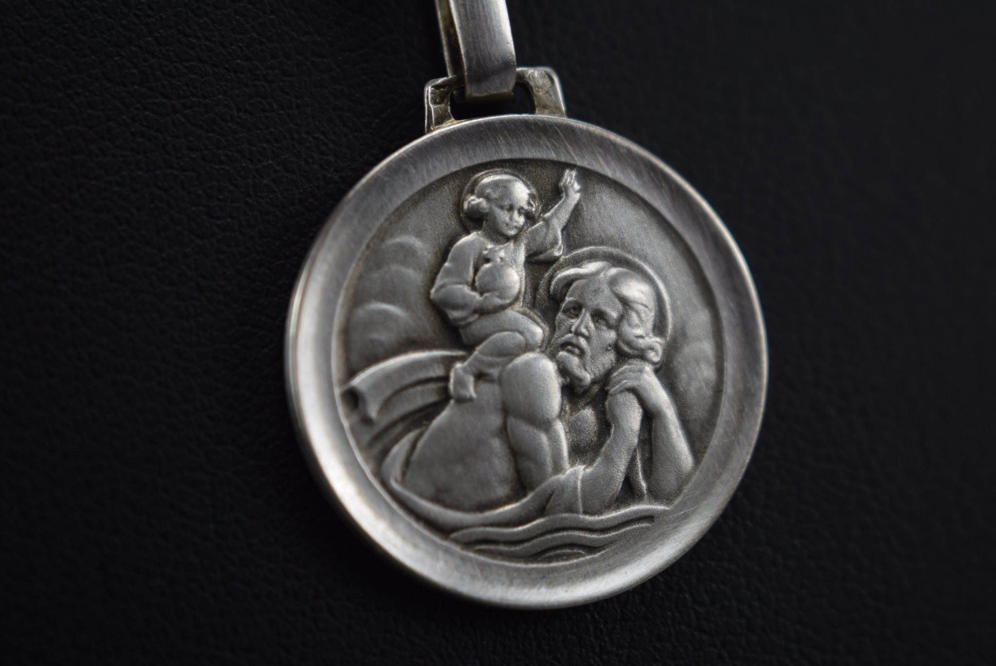 Saint Christopher Sterling Silver Medal Pendant Charm Necklace with 925 Silver Chain