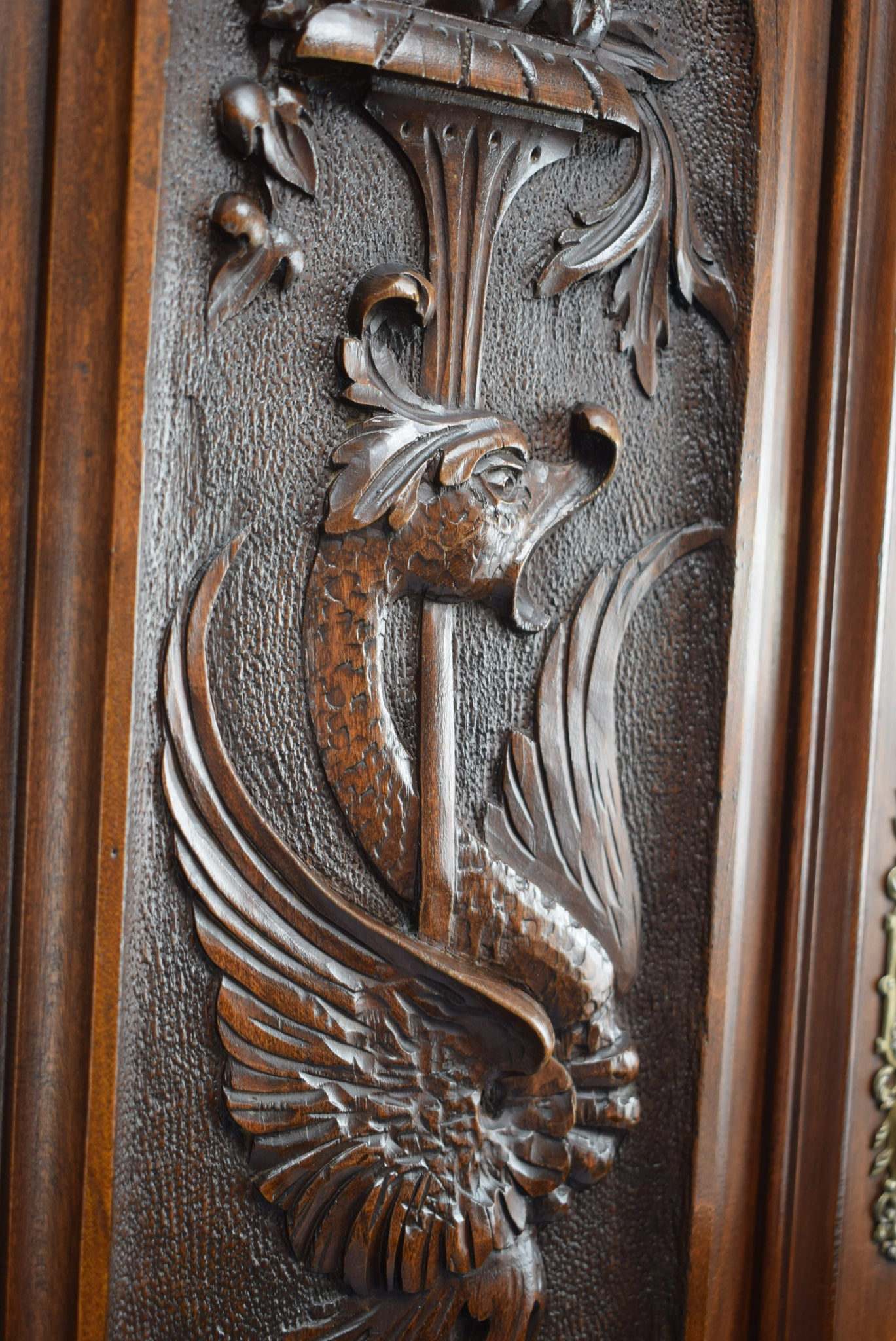Victorian Griffin Panel - Charmantiques