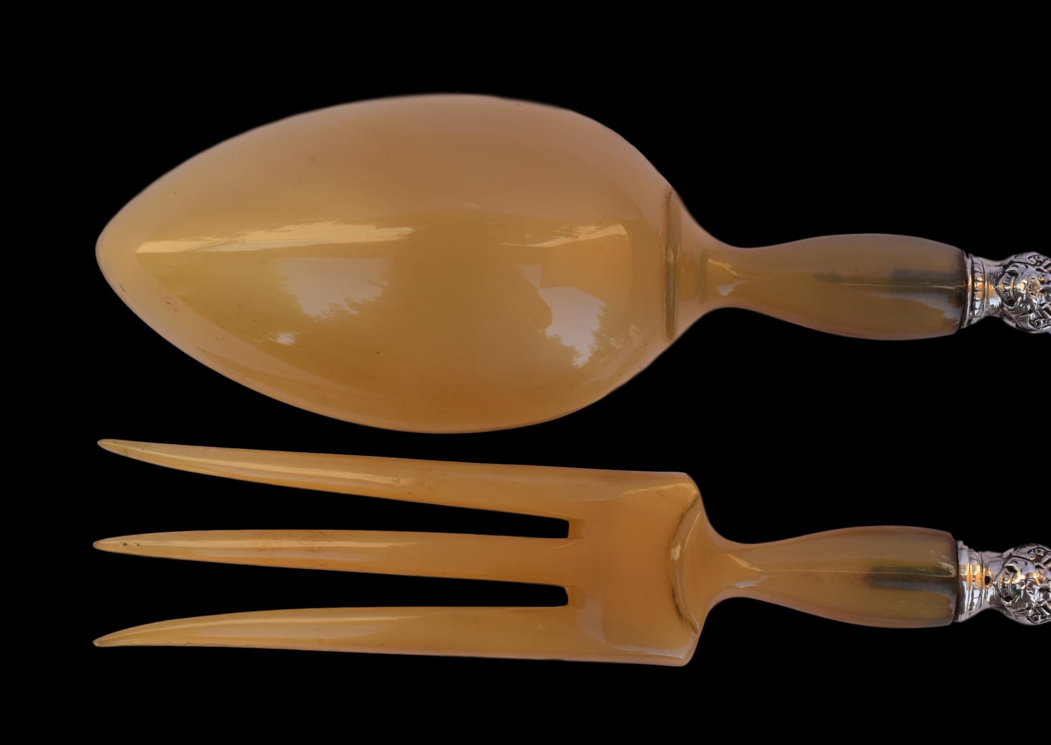 Renaissance Salad Serving Implement - Charmantiques