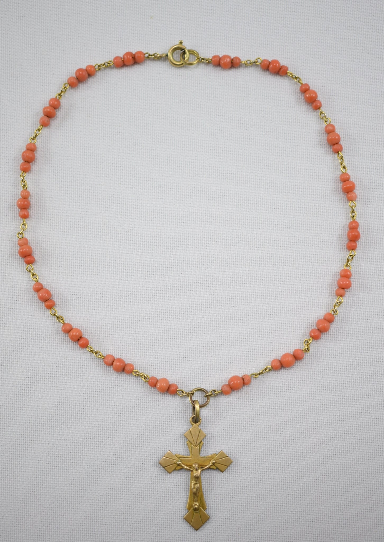 Baby Coral Necklace - Charmantiques