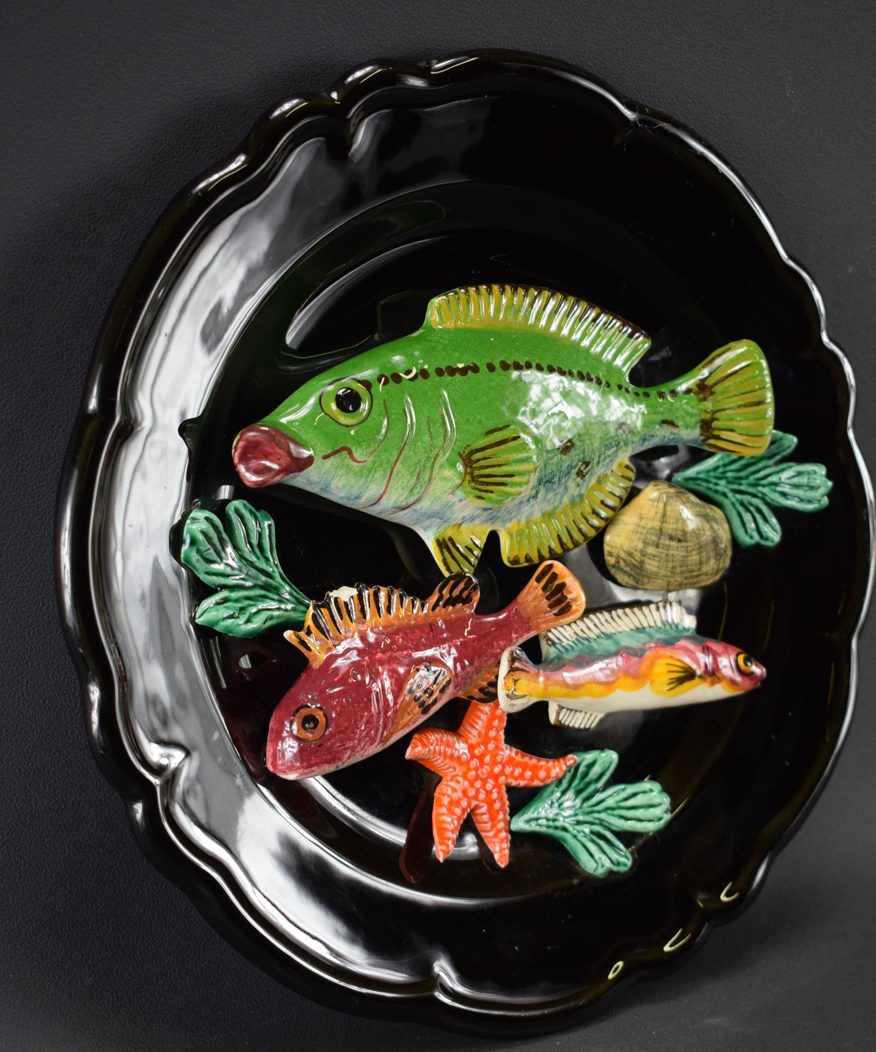 Three Fishes Wall Plate - Charmantiques