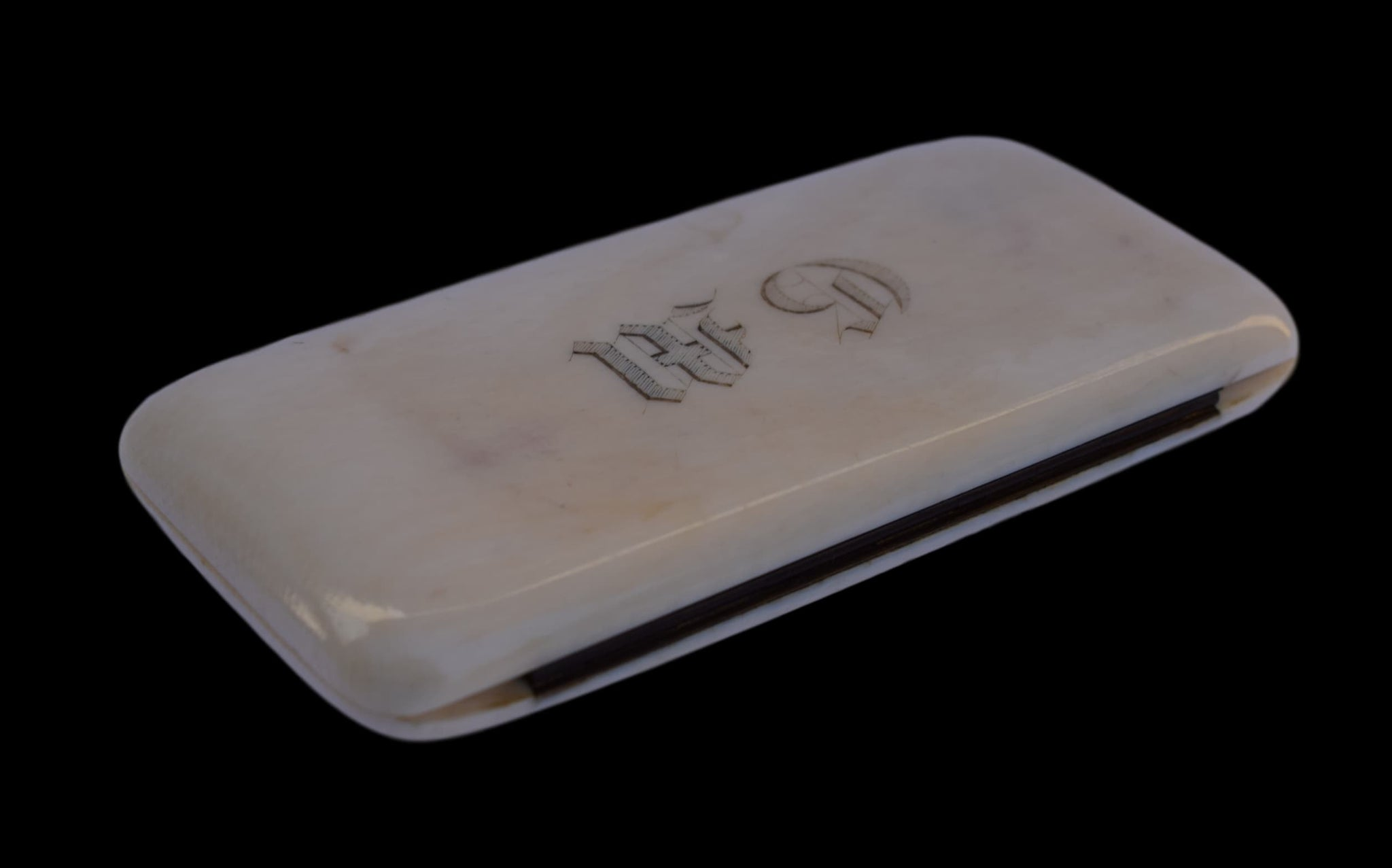 Ivory Sewing Case - Charmantiques