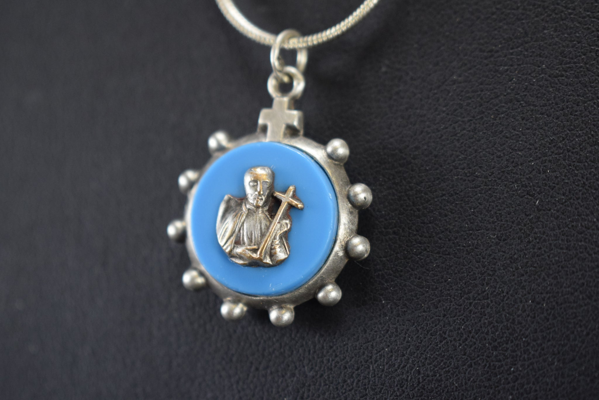 Saint Francis of Assisi Ten Rosary Medal - Charmantiques