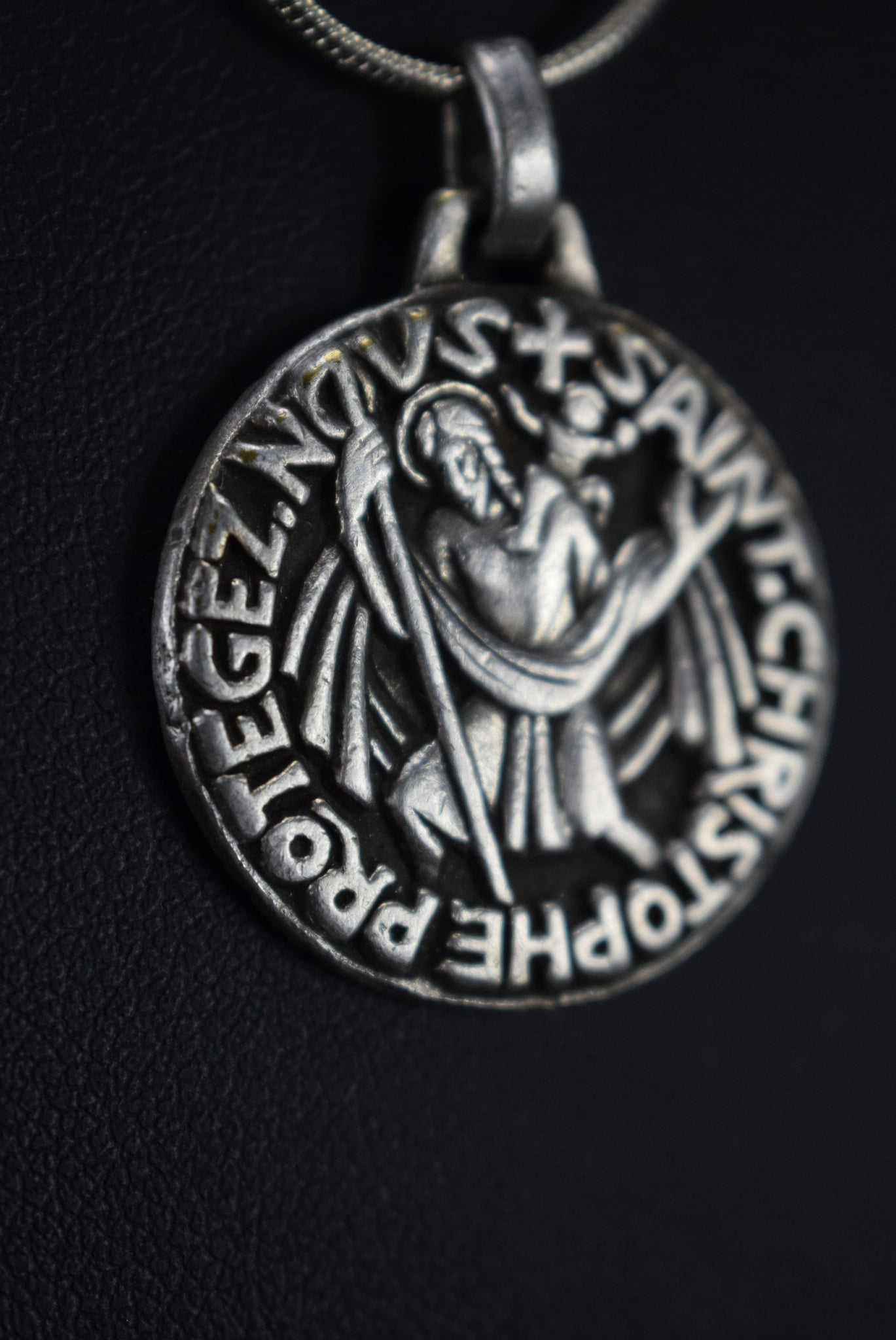 PY St Christopher Medal - Charmantiques