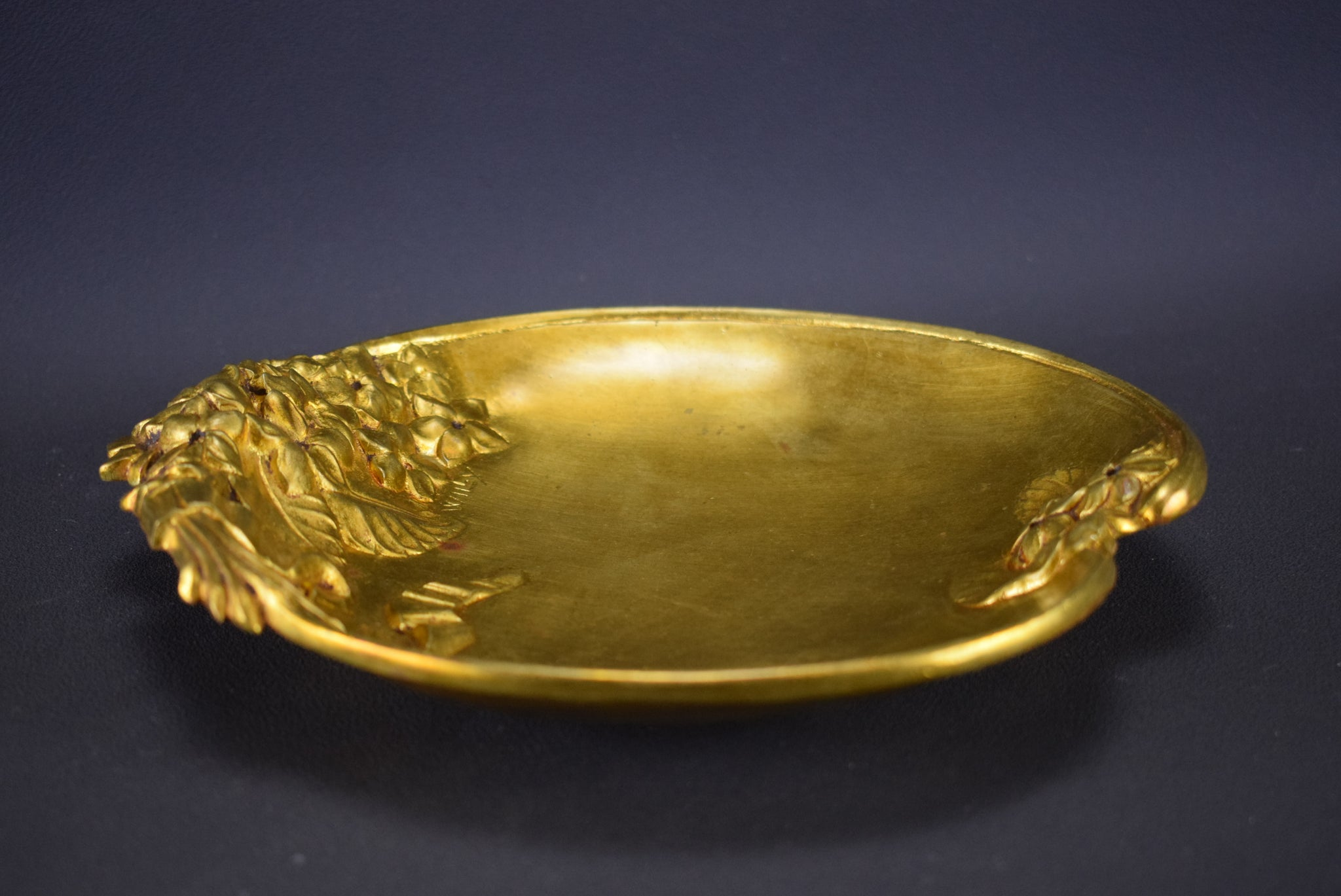 Bronze Trinket Bowl Willy - Charmantiques