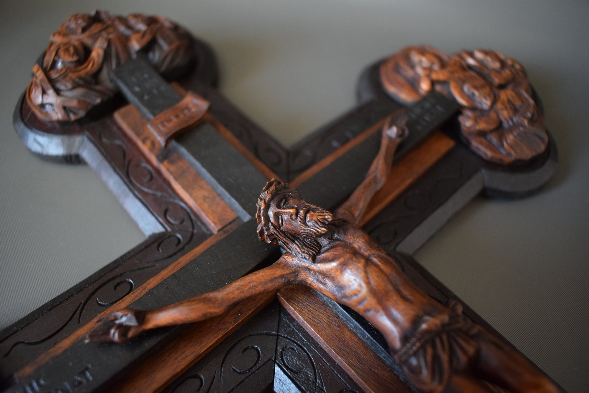 Large Wooden Crucifix - Charmantiques