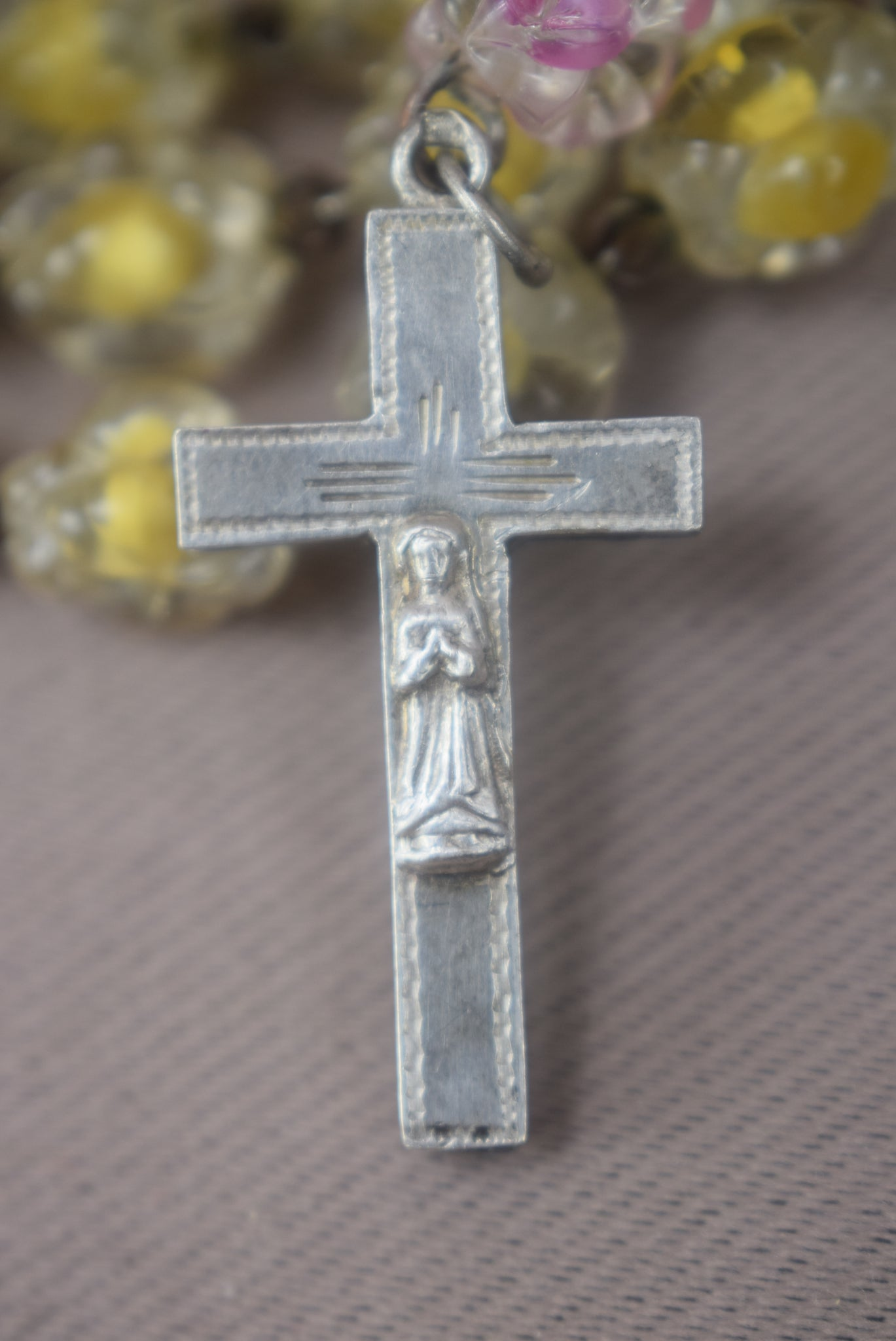 Reliquary Rosary - Charmantiques