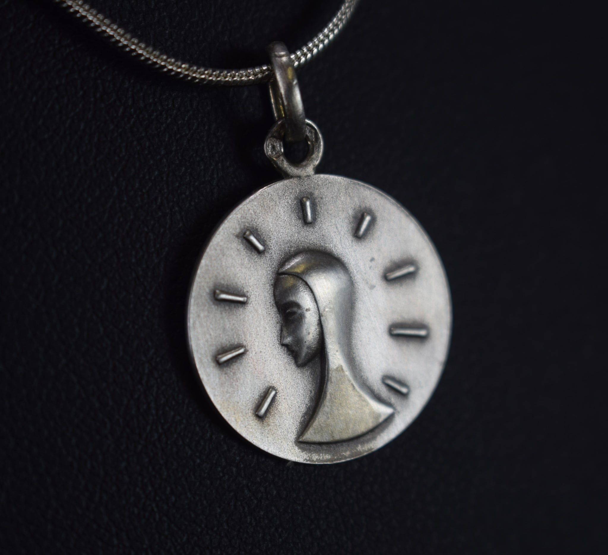 Modernist Mary Pendant - Charmantiques
