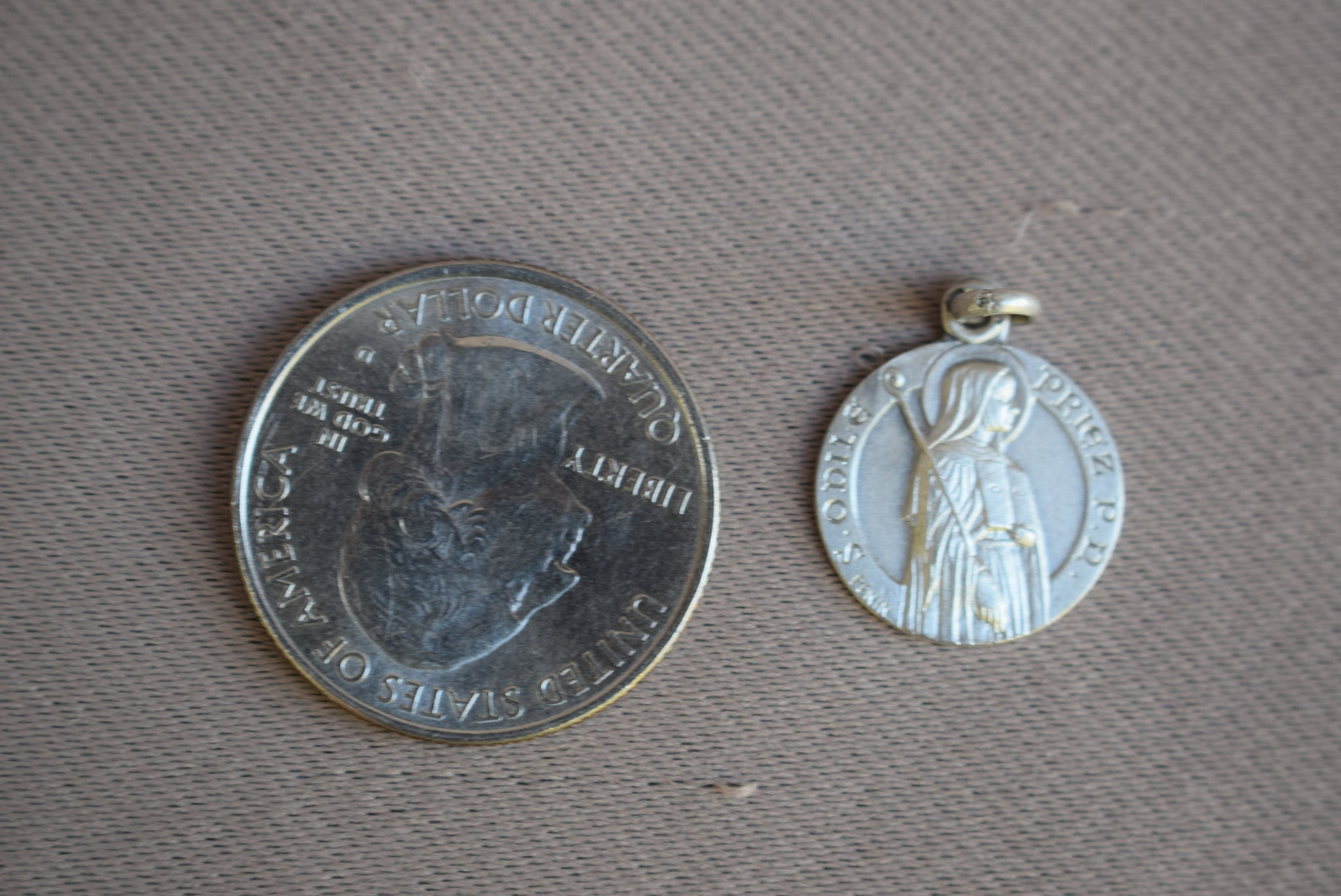 St Odile Medal Penin - Charmantiques