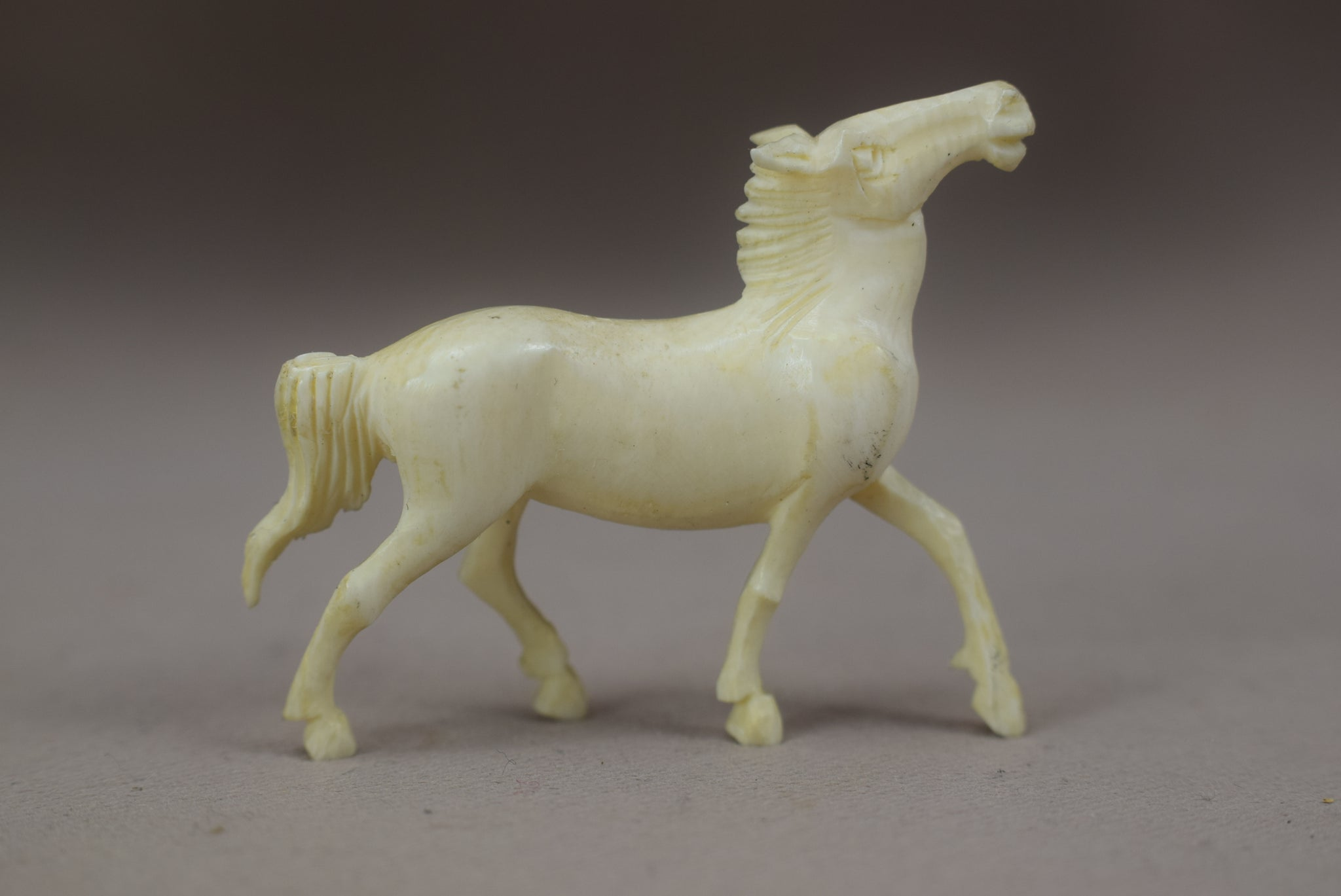 Set of Carved Ivory 8 Horses of Mu Wang - Charmantiques