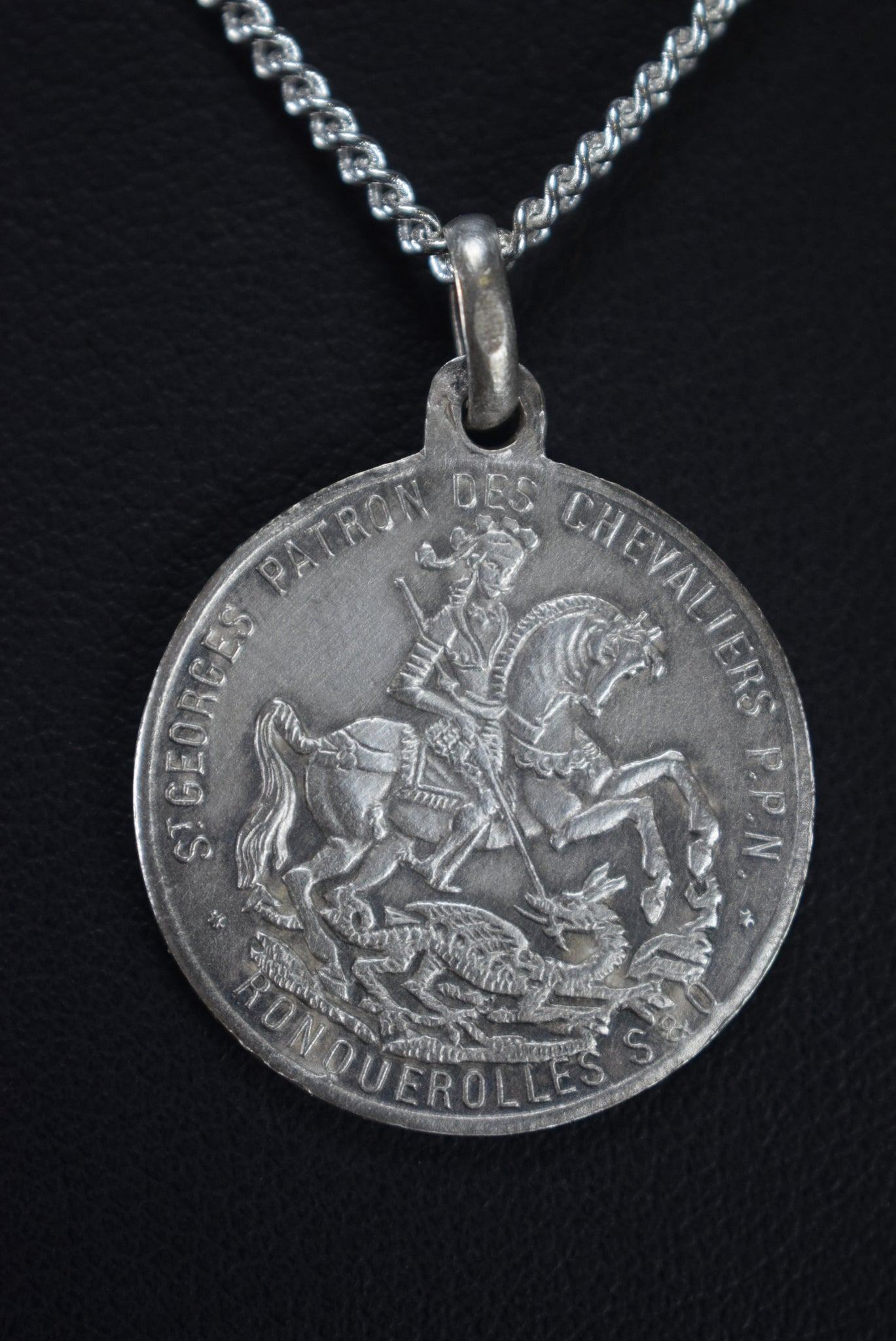 St Georges Medal - Charmantiques