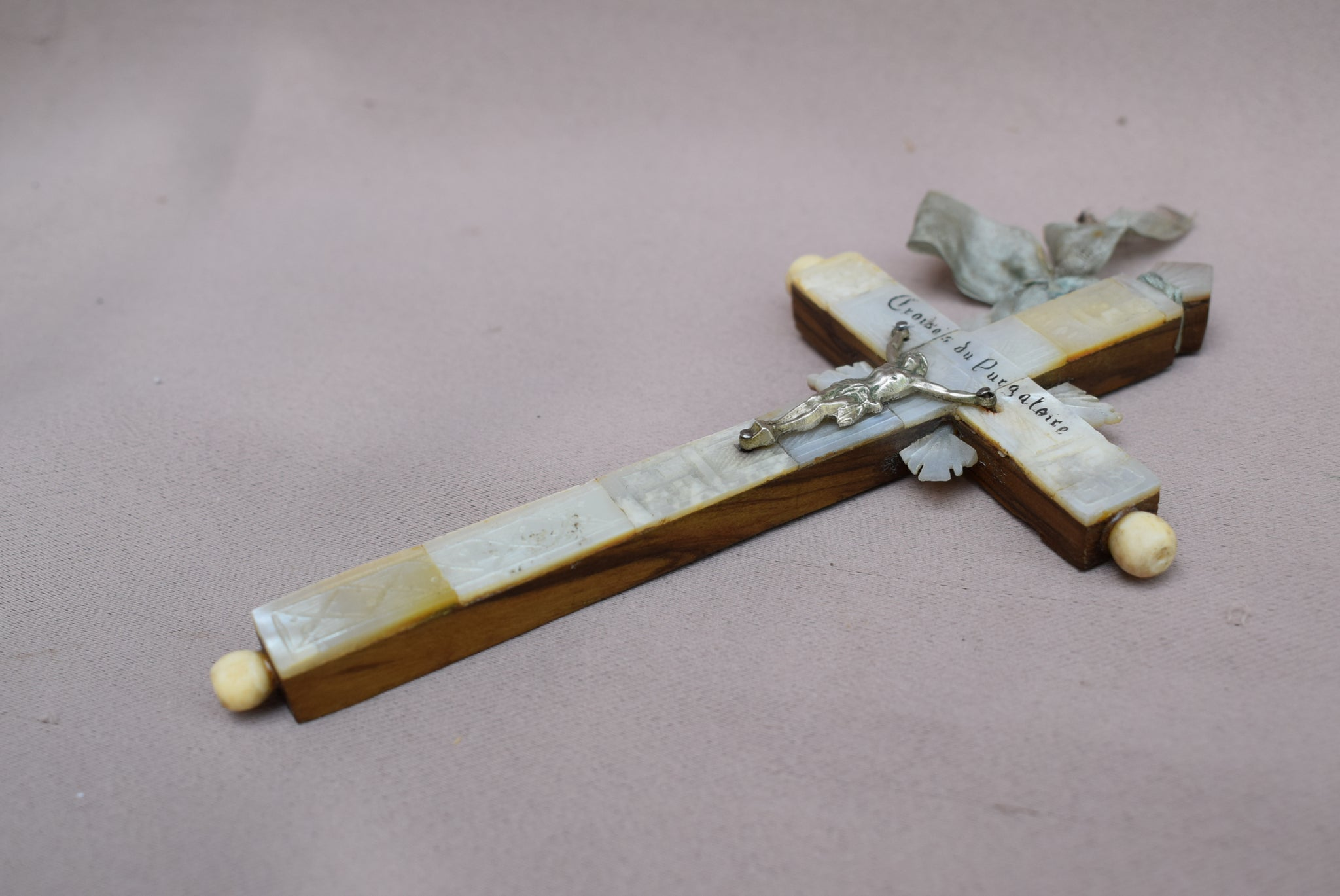 Mother of Pearl Cross - Charmantiques