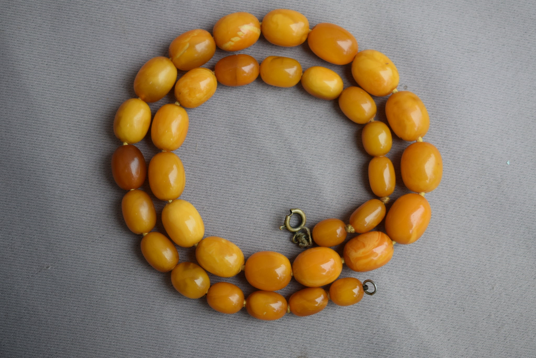 Baltic Amber Necklace - Charmantiques