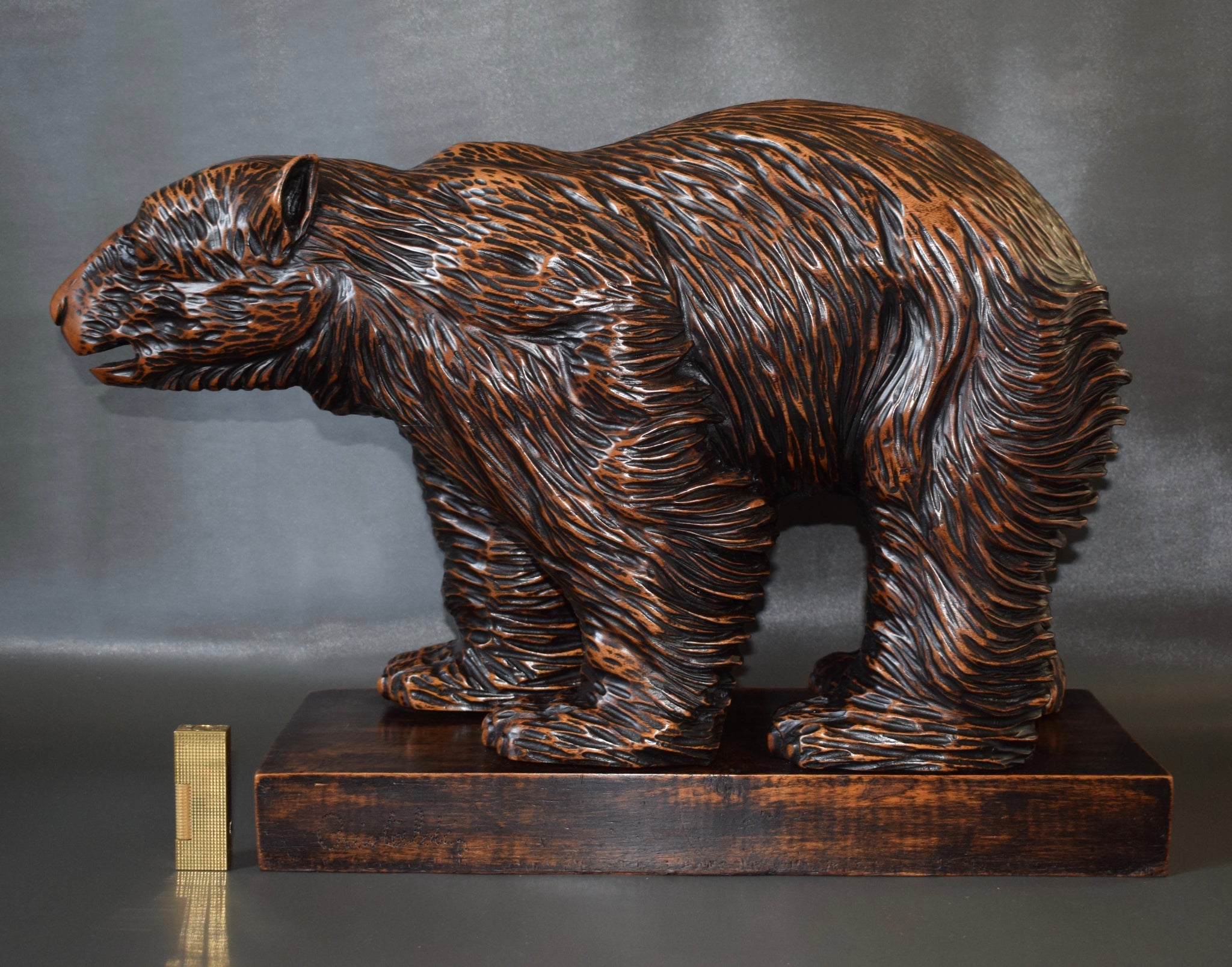 Large Wooden Bear Sculpture - Charmantiques