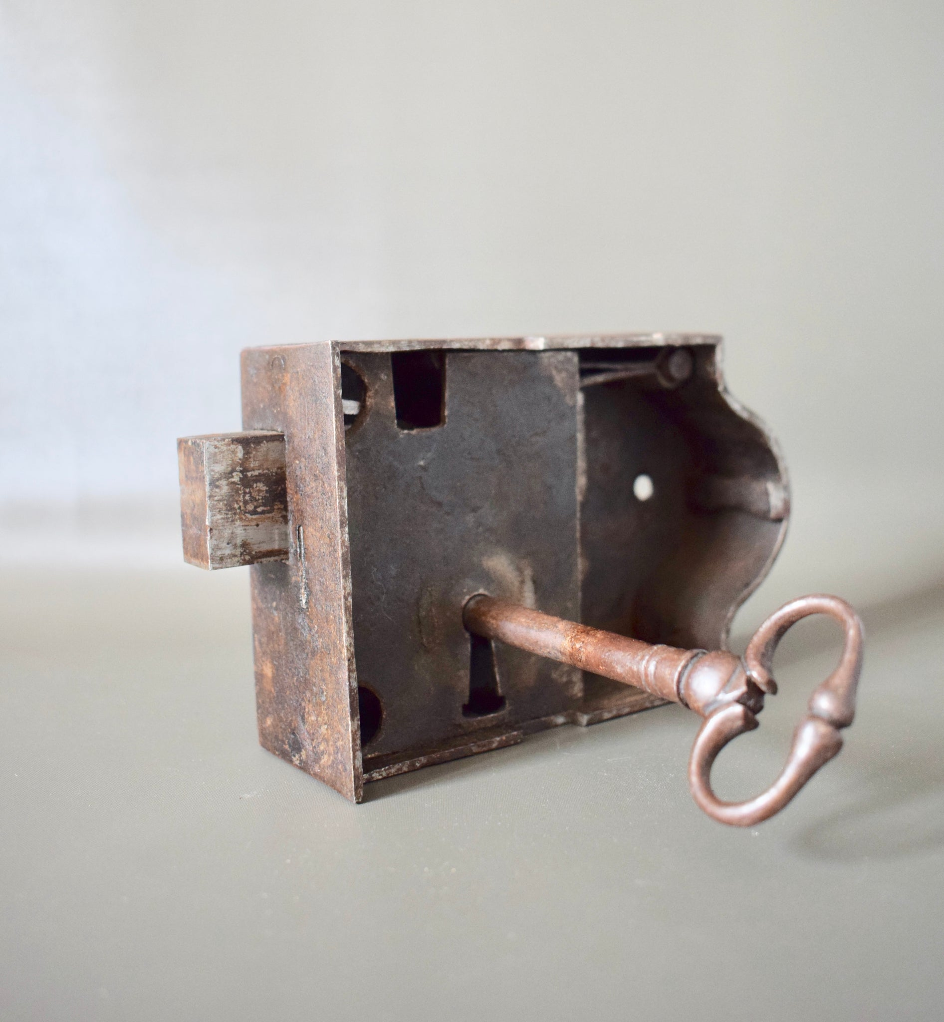 Door Lock with Key - Charmantiques