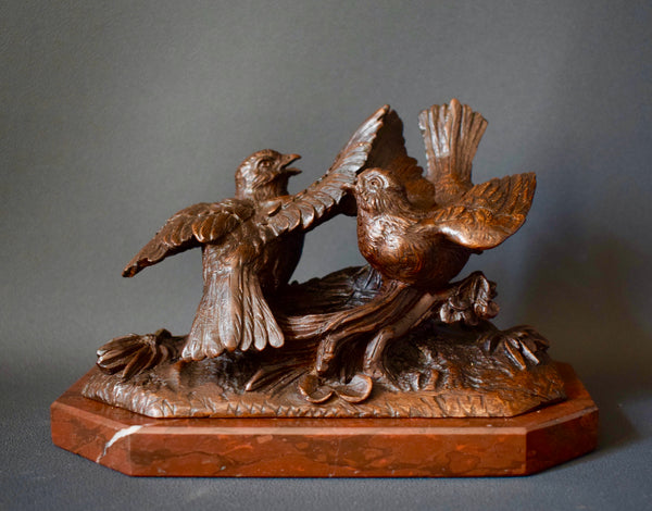Black Forest Birds Sculpture - Charmantiques